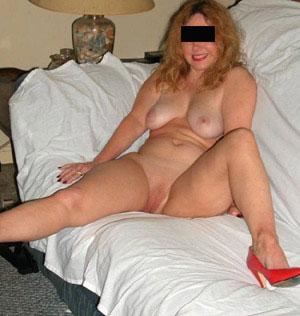 Privater Telefonsex Verschmuste bumsgeile Frau