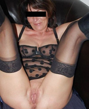 Privater Telefonsex Fick geile reife Stute tabuloser Sex