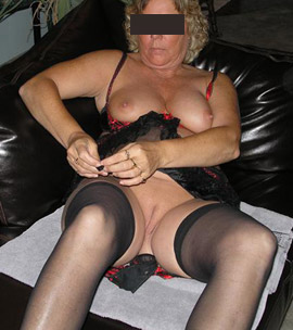 Frau sucht geiles Sex Abenteuer