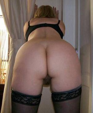 Sexy Hausfrau Erste Anal Ficken Thumb