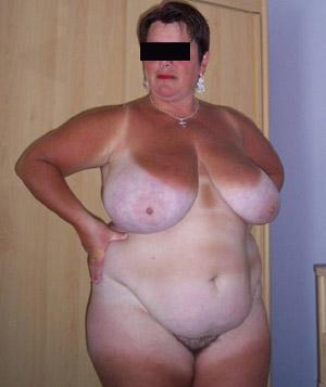 Frau sucht Sex und Zärtlichkeit!
